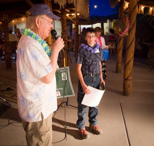 George presents the Jerry Linderman award to Peter Blake.